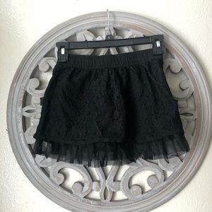 Faded glory black lace overlay skirt